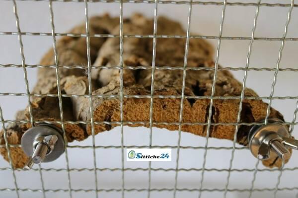 Befestigung Vogelspielzeug am Vogelkäfig - Sittiche24 Korksortiment -Vogelshop für Siegen, Kreuztal oder Viersen.