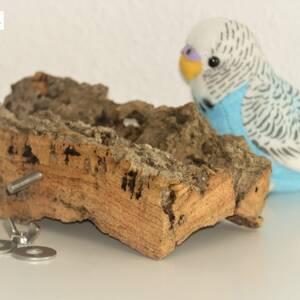 Korksitzbrett versenden nach Flensburg, Essen oder Berlin ideal als langlebiges Vogelspielzeug für Wellensittiche und Kanarienvögel zur Befestigung an Vogelkäfig.