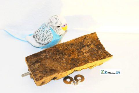 Korksitzbrett als perfektes Vogel Spielzeug für Vogelkäfige von Sittiche24 etwa für Vogelfreunde in Günzburg, Stuttgart, Forchheim oder Traunstein.