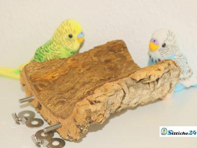 Naturkork verspricht Abwechslung im Vogelkäfig oder in der Voliere.