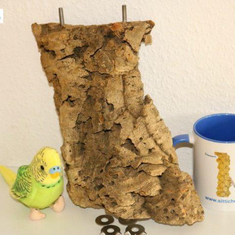 Ein toller Vogelsitzplatz als gesunde Ausstattung für Ihren Vogelkäfig oder Ihre Voliere für Wellensittiche, Nymphensittiche oder Kanarienvögel versandfertig etwa nach Esslingen, Aschaffenburg, Würzburg oder Kempten.