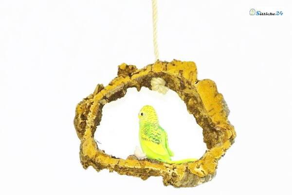 Cleveres Vogelzubehör etwa als Vogelschaukel aus Kork für Kanarienvögel.