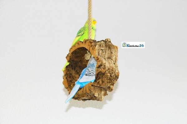 Vogelschaukel mit eingebauter Spaßgarantie.